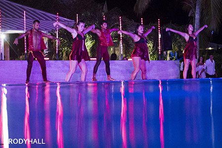 Club Med Dance performance in the pool